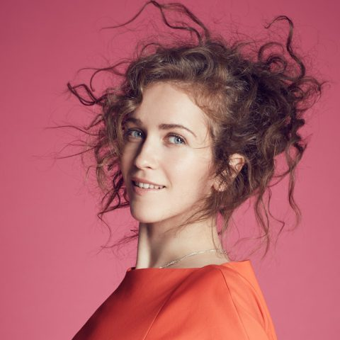 Rae Morris - Someone Out There 1