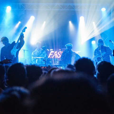 Easy Life Photoset - Thekla 10