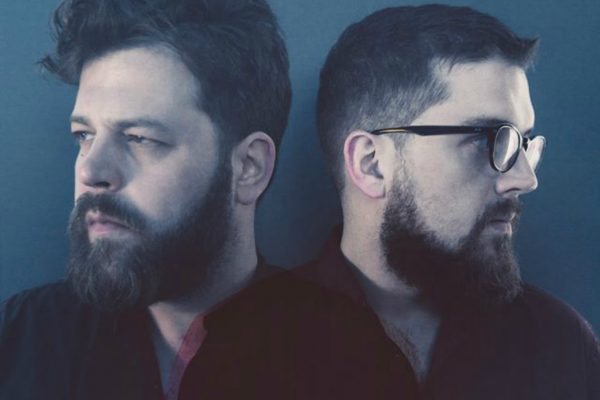 Bear's Den Showcase their New Sound with 'Auld Wives'