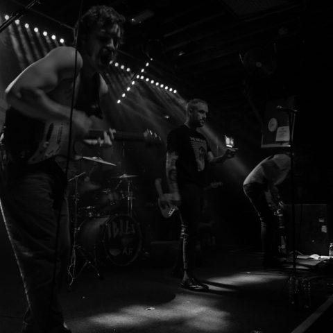 Idles Review + Photoset - The Fleece 15