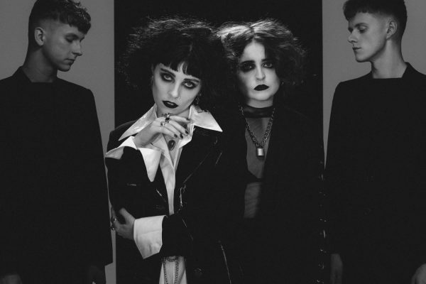 Pale Waves - My Mind Makes Noises 1