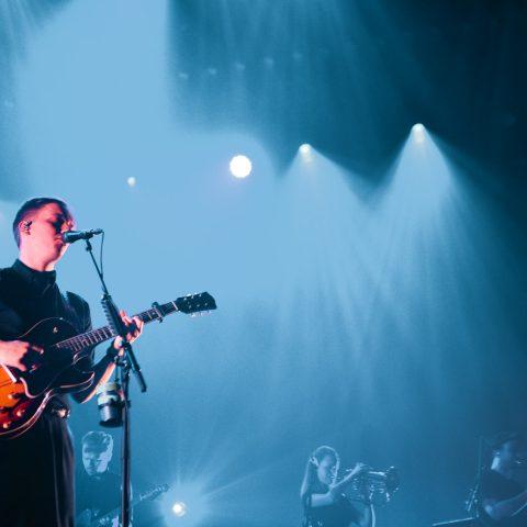 George Ezra Review + Photoset - Wembley SSE Arena 7