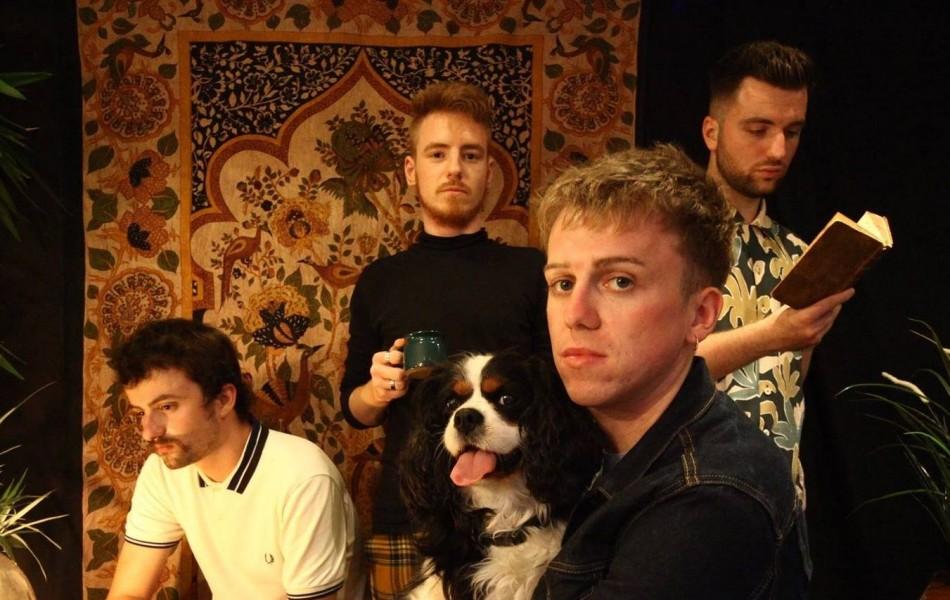 First Listen: Fossette - Trendi