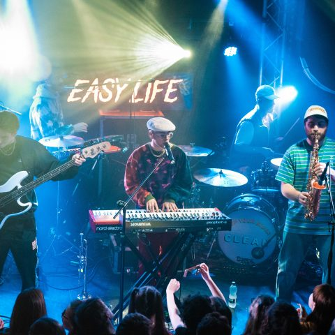 Easy Life Photoset - Thekla 11